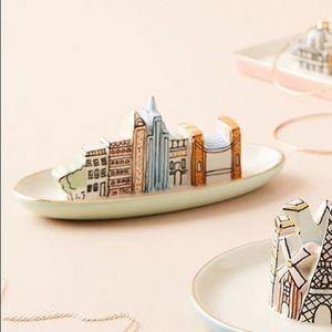 ANTHROPOLOGIE City Trinket Dish NYC Skyline